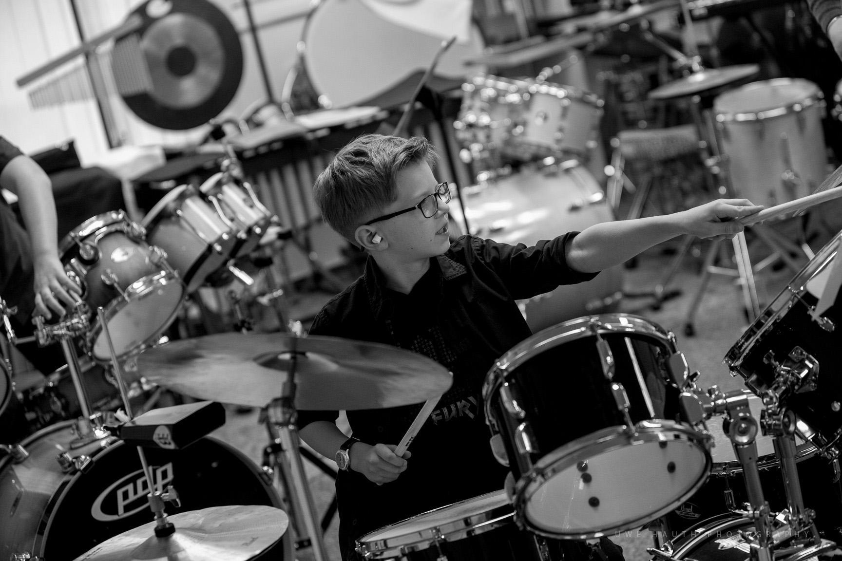 Junger Schlagzeuger bei Jugend musiziert