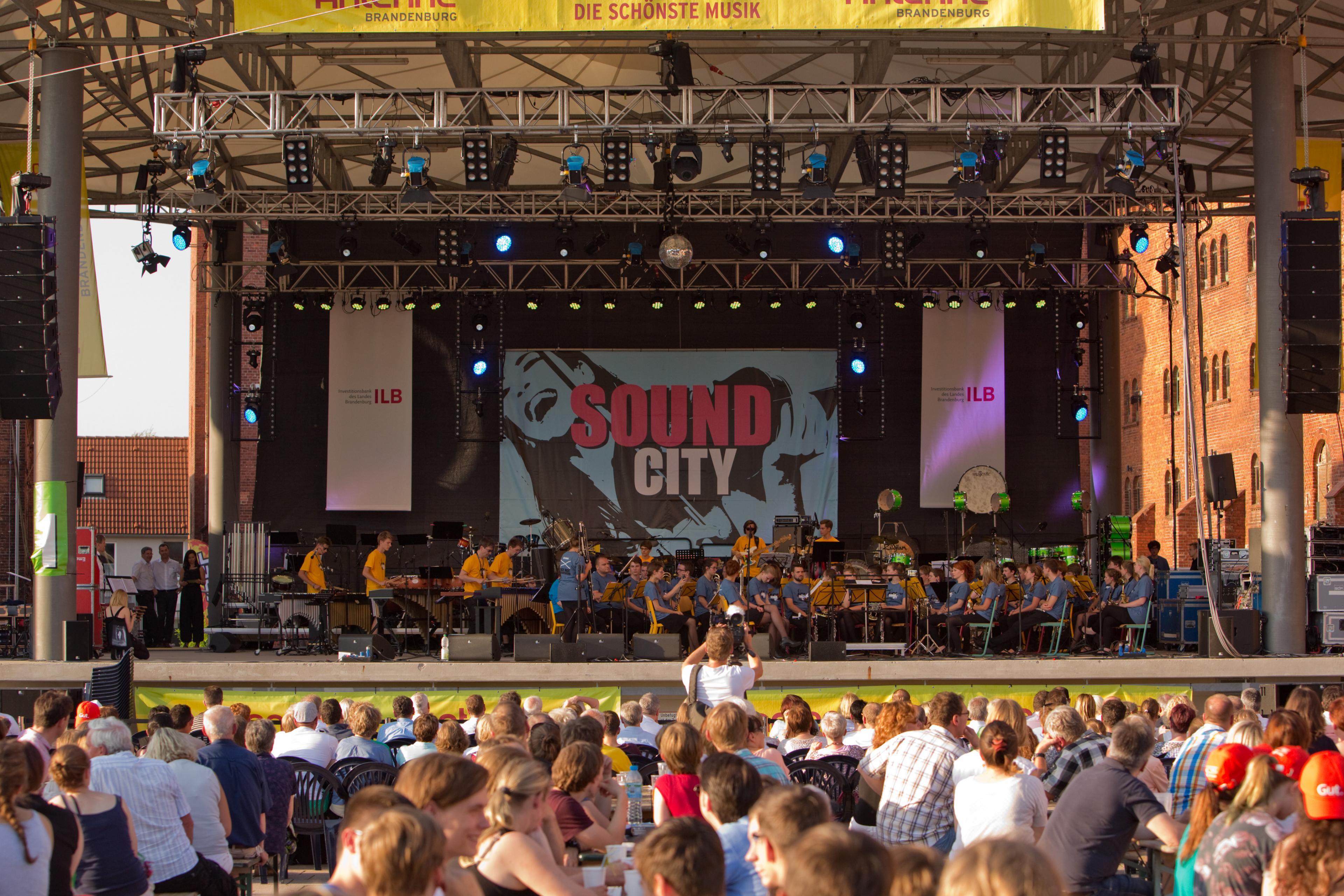Große Bühnen bei SOUND CITY