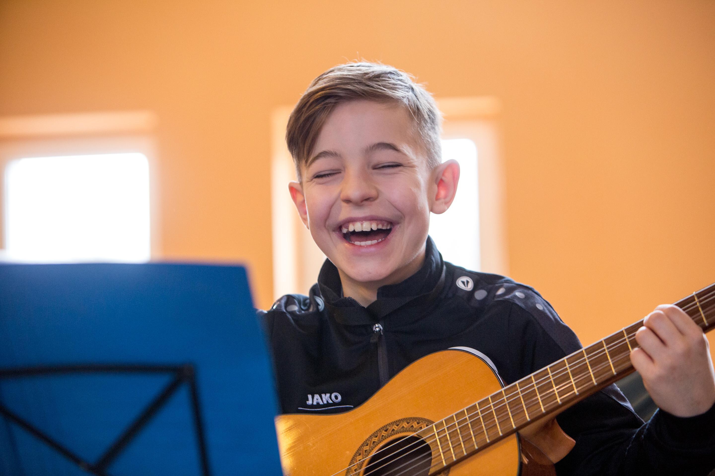 Gitarrenschüler Klasse:Musik