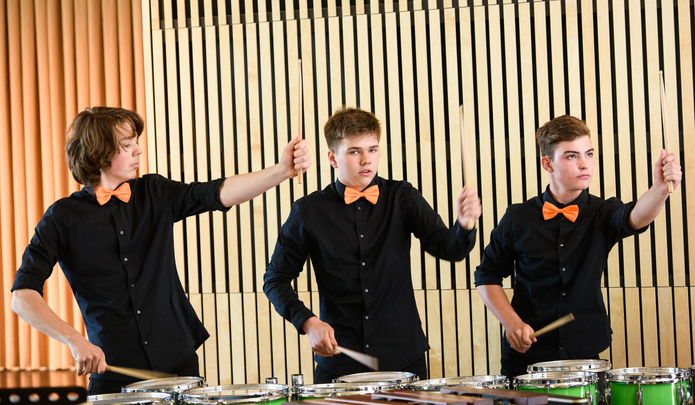 Percussion-Trio bei enviaM - MUSIK AUS KOMMUNEN