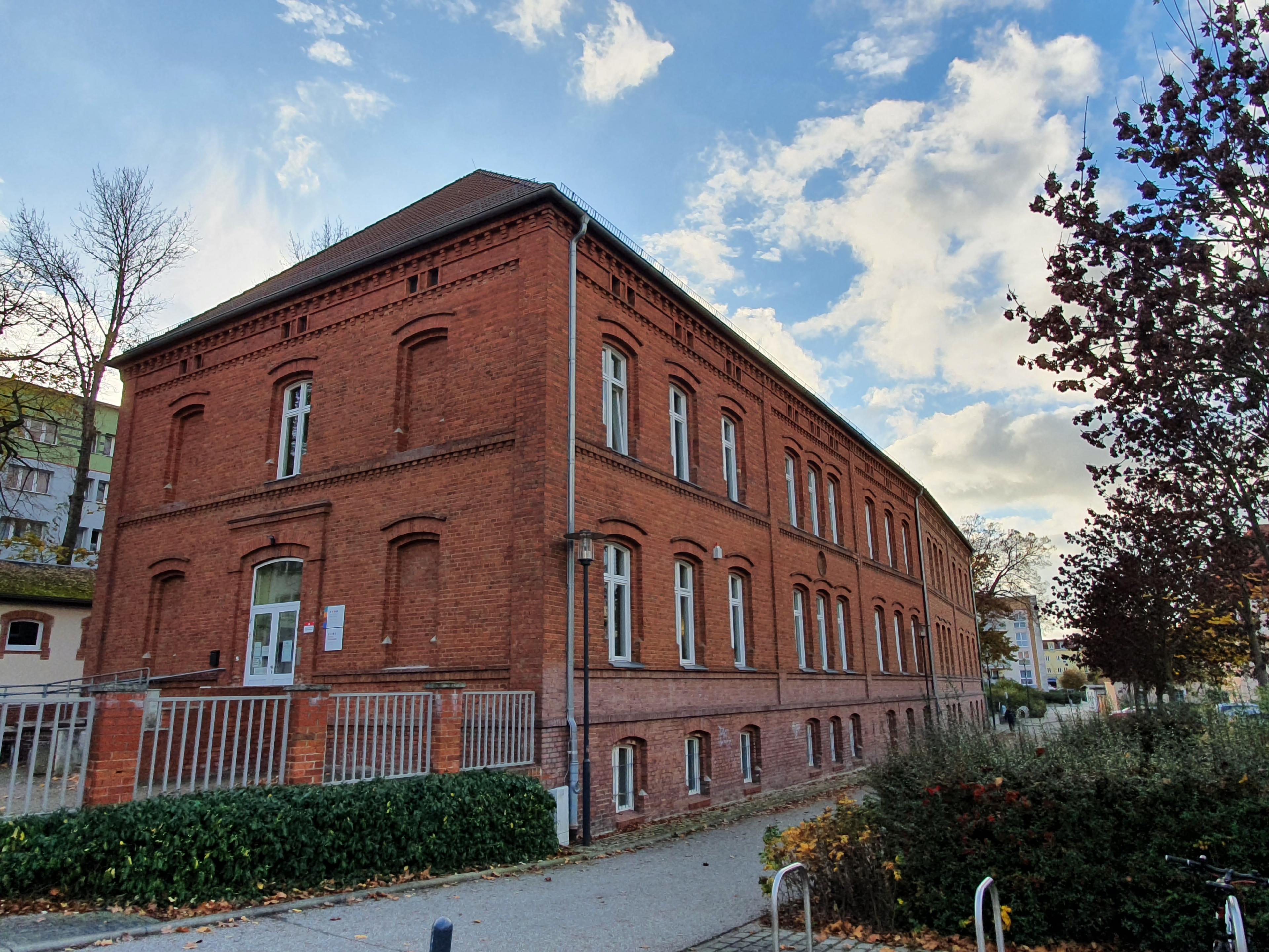 """Gebäude der Musikschule Oder-Spree """"Jutta Schlegel"""" Standort Fürstenwalde"""