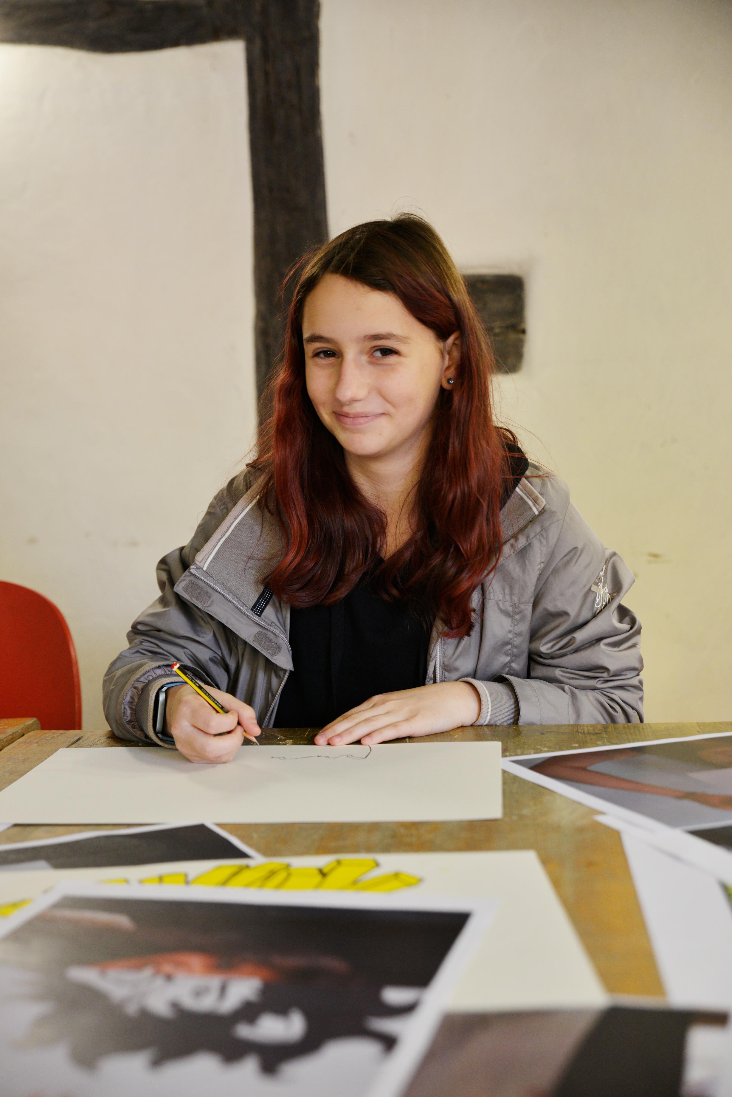Schülerin der Kunstschule Sonnensegel