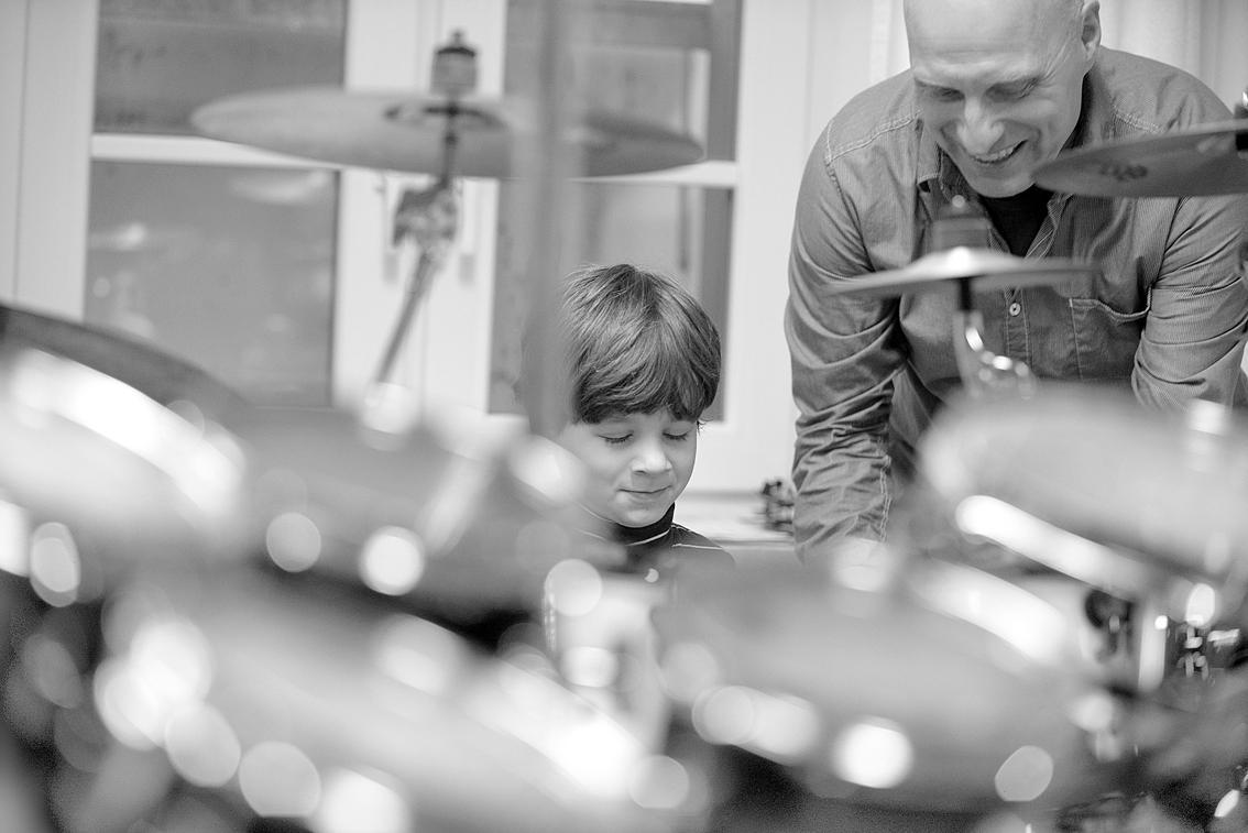 Ein Schlagzeuglehrer und sein Schüler