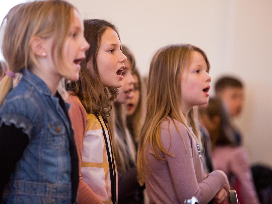 Sängerinnen der Singklasse Klasse:Musik